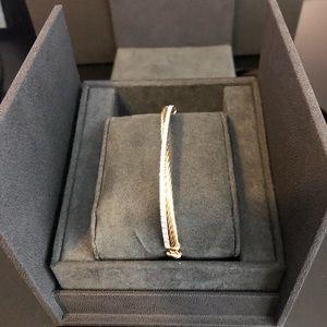 David Yurman 18K Linked Pavé Crossover Bracelet